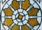 Particolare lucernaio in vetro a piombo con inserti in alabastro