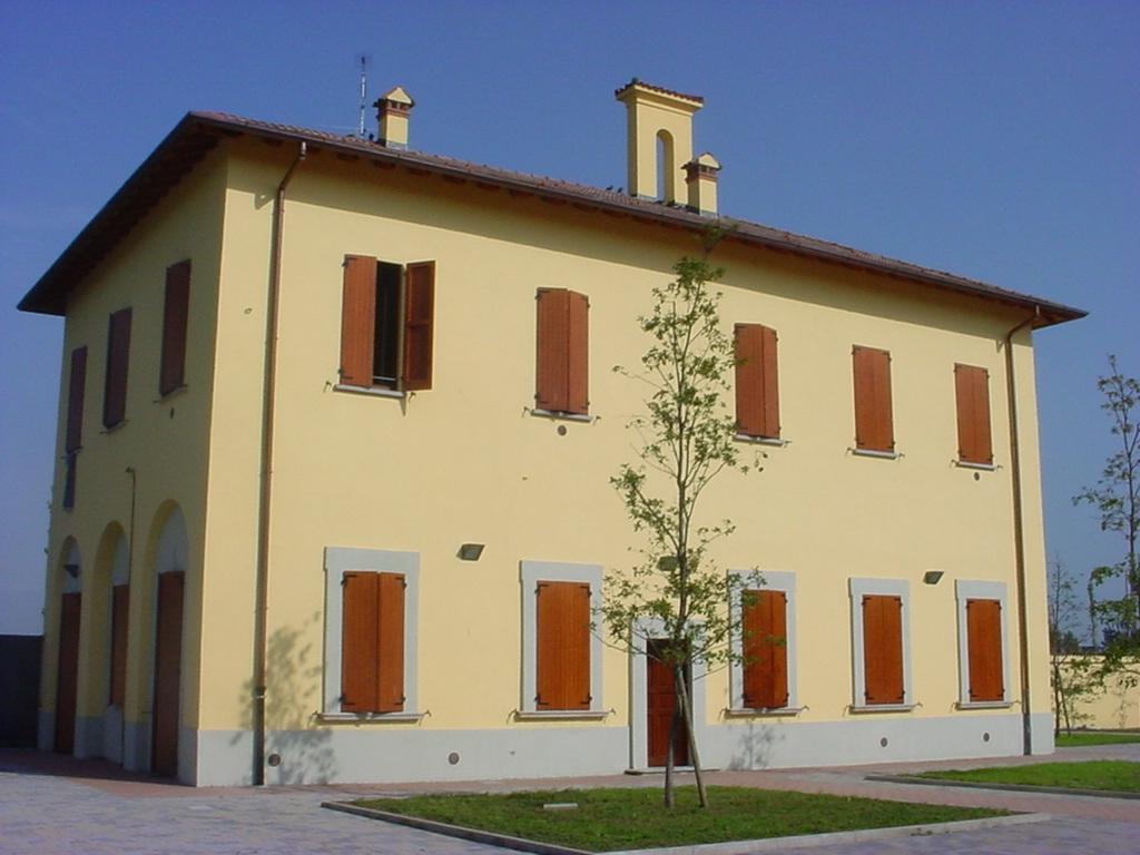 Casa dell acqua di paullo milano nei cantieri dell 39 arte - Casa dell ottone milano ...