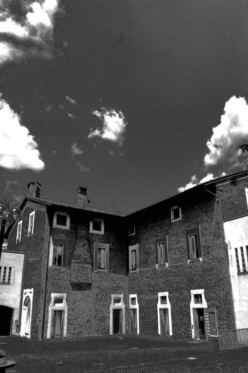 Cascina roma a san donato milanese milano nei cantieri for Arredamenti ballabio san donato milanese