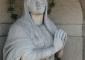 Sequenza fotografica dell'intervento di pulitura eseguito sulla statua della Madonna in marmo di Candoglia: stato iniziale