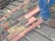 Esempio di posa in opera del manto di coppi utilizzando coppi nuovi nello strato inferiore e riutilizzando coppi recuperati in cantiere nello strato superiore