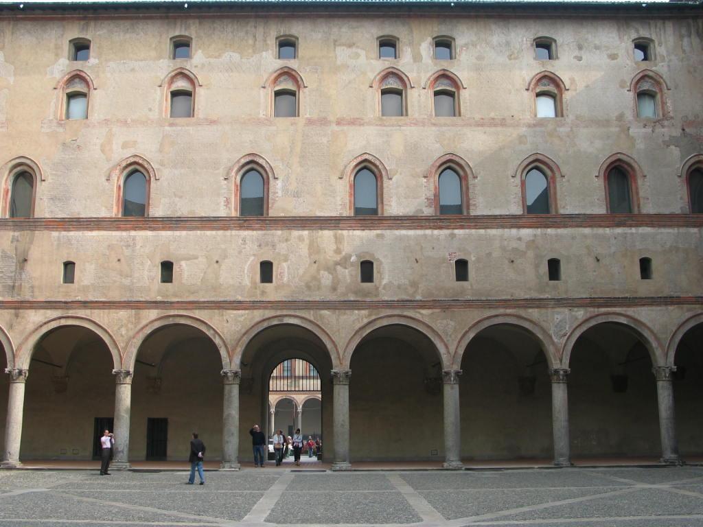 corte ducale e cortile della rocchetta castello sforzesco