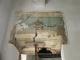 Decorazione su architrave danneggiata
