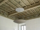 particolare soffitto con nuovo corpo illuminante